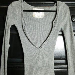 Ambercrombie New grey sweater